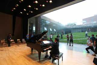 OPEN Architecture - Gehua Youth and Cultural Center was inaugurated